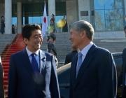 Какие договоренности достигнуты в ходе визита премьер-министра Японии?