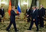Состоялась встреча Атамбаева и Путина в Москве