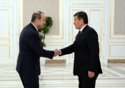 Строительство железной дороги Кыргызстан-Китай-Узбекистан обсудят 25 декабря