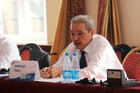 Айдар Амребаев: Соседствовать с Китаем, как в их поговорке, – «идти между каплями дождя»