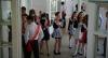 Школьницам могут запретить яркий макияж и маникюр с длинными ногтями
