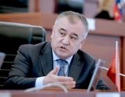 Текебаев самовыражается, как может, как доктор Апас, Мотуев или Турсунбек Акун