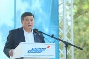 Кандидат в президенты Сооронбай Жээнбеков провел встречу с избирателями в Кочкорском районе