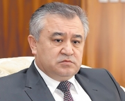Текебаева в народе любят все меньше и меньше