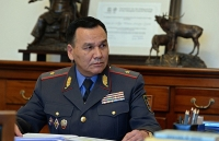 В отставку Кашкара Джунушалиева. Родственники жестоко избитых парней вышли к Белому дому