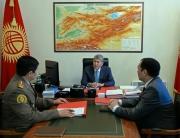 Президент принял секретаря Совета обороны КР и начальника Генштаба КР