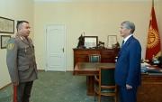 Начальник Генштаба ВС КР доложил президенту о прибытии военно-транспортных самолетов из РФ