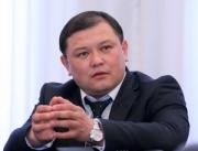 «Кыргызстан»: Дастан Джумабеков: Мы увеличим размеры социальных выплат за счет сокращения расходов на содержание чиновников!