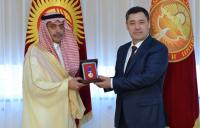Садыр Жапаров предложил открыть прямой авиамаршрут между Кыргызстаном и Саудовской Аравией (фото)