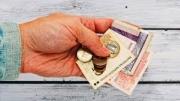 Минимальная зарплата в Кыргызстане в пять раз ниже прожиточного минимума