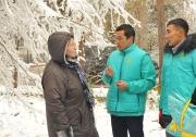 «Кыргызстан» №10: Кандидаты от партии «Кыргызстан» помогают муниципальным службам
