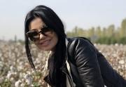 Более 100 звезд узбекской эстрады и кино вывезли на сбор хлопка