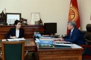 Алмазбек Атамбаев и Индира Джолдубаева обсудили предстоящие выборы