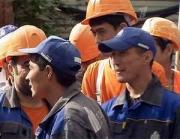 Омбудсмены КР и РФ обсудили соблюдение прав наших трудящихся в России