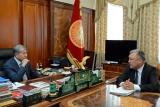 Алмазбек Атамбаев принял председателя Госслужбы миграции