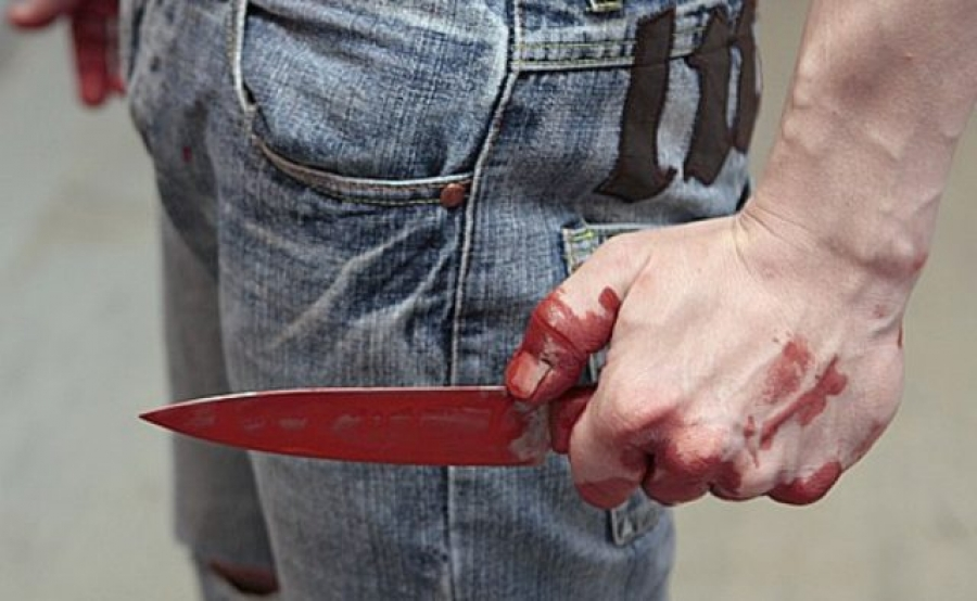 Порно напали с ножом