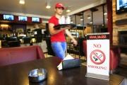 Рассматривается законопроект, запрещающий курение в точках общепита