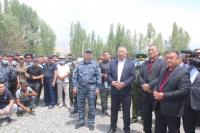 Кубатбек Боронов встретился с жителями приграничных сел в Баткенской области