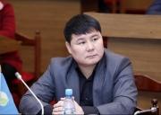 Тазабек Икрамов снова вышел на тропу войны с директорами школ