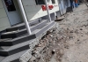 В Бишкеке сносят входные лестницы магазинов