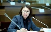 Депутат Алтынай Омурбекова покинула пост вице-спикера