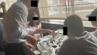 Сотрудник мэрии Бишкека пойман с поличным при возврате ранее полученной взятки