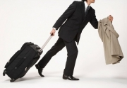 Кто в Жогорку Кенеше за месяц потратил более 2,5 миллионов на поездки?