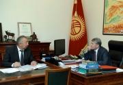 Алмазбек Атамбаев принял министра чрезвычайных ситуаций