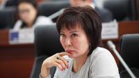 Депутат Асылбаева не считает, что ее закон о контроле над интернетом ограничивает свободу слова