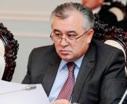 Текебаев «разлюбил» свою Конституцию?