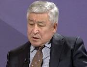 Байболов: нужно поддержать инициативу Атамбаева в части уменьшения полномочий президента