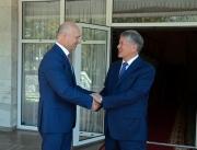 Атамбаев встретился с премьер-министром Молдовы
