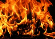 На крупном строительном рынке в Москве произошел сильный пожар