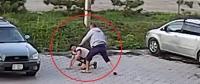 Подозреваемые в жестоком избиении мужчин препятствовали скорой помощи забрать пострадавших (видео)
