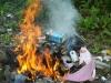 Санитары Бишкека просят не сжигать твердо-бытовые отходы