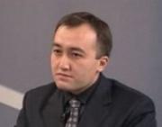 Главу ОТРК КР вынудили оправдываться за дебаты на официальном языке