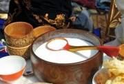 Азербайджанцы готовы пить кымыз и есть чучук из Кыргызстана
