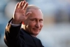 Путин подтвердил готовность к конструктивному диалогу с Жээнбековым