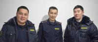 Сотрудники столичной патрульной милиции помогли доставить в больницу женщину с тяжелым заболеванием