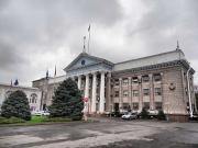 В Бишкеке посеяли более миллиона однолетних цветов