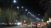 По утрам в столице слишком рано отключают фонари. На улицах еще темно